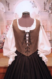 Black & Gold Bodice Ensemble 9b