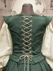Renaissance Elizabethan Court Nobility Gown Dress