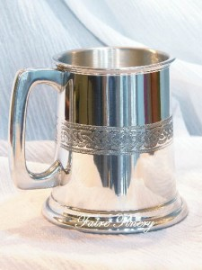 Small half pint celtic tankard wine cup