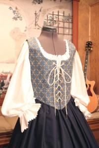 Renaissance Bodice Skirt Dress Gown Corset Costume Maiden Wench Medieval Garb